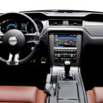2013 Ford Mustang GT Convertible (2)