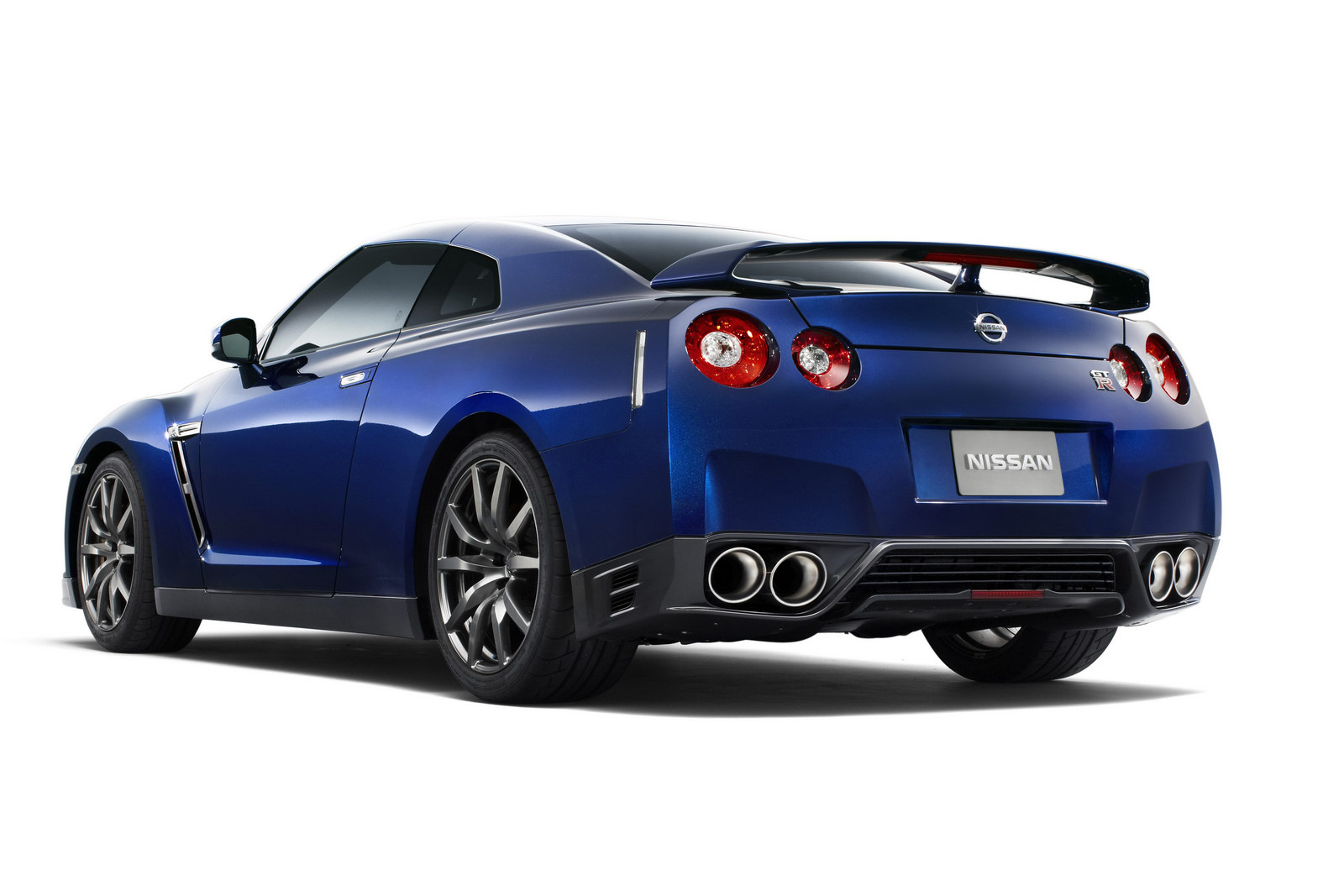 2013 Nissan GT R 5 Nissan Hikes 2013 GT Rs Price by how much since 2008