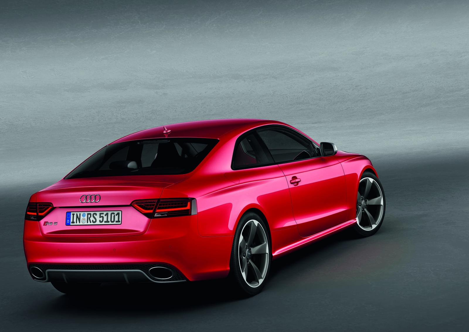 2012 audi rs5 coupe with v8 powerplant. Black Bedroom Furniture Sets. Home Design Ideas