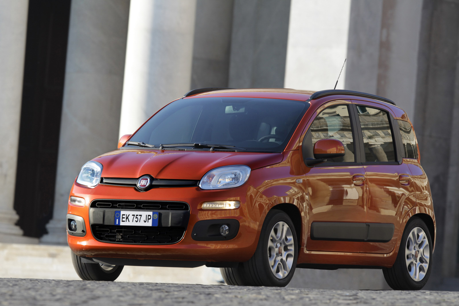 2012 fiat panda appears with a starting price of 8 900. Black Bedroom Furniture Sets. Home Design Ideas