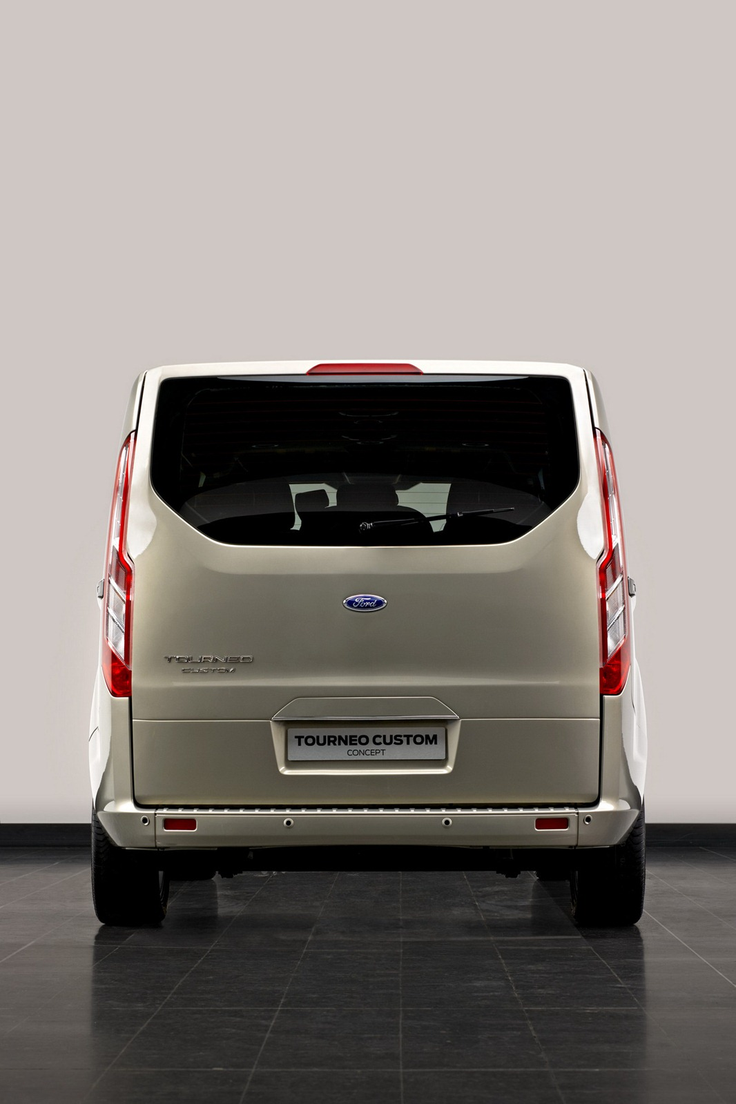 2012 Ford Transit with Tourneo Custom Concept
