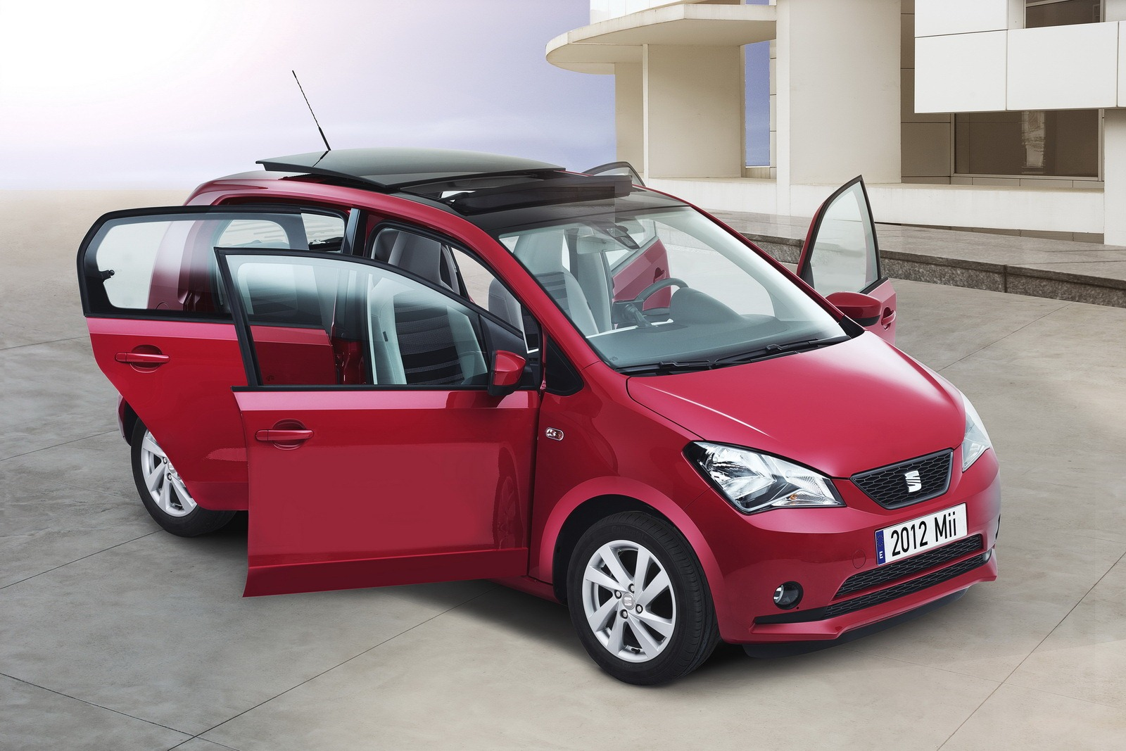 2012 SEAT Mii 5 Door City Car 1 2012 SEAT Mii 5 Door City Car   Aerodynamic and Highly Fashionable