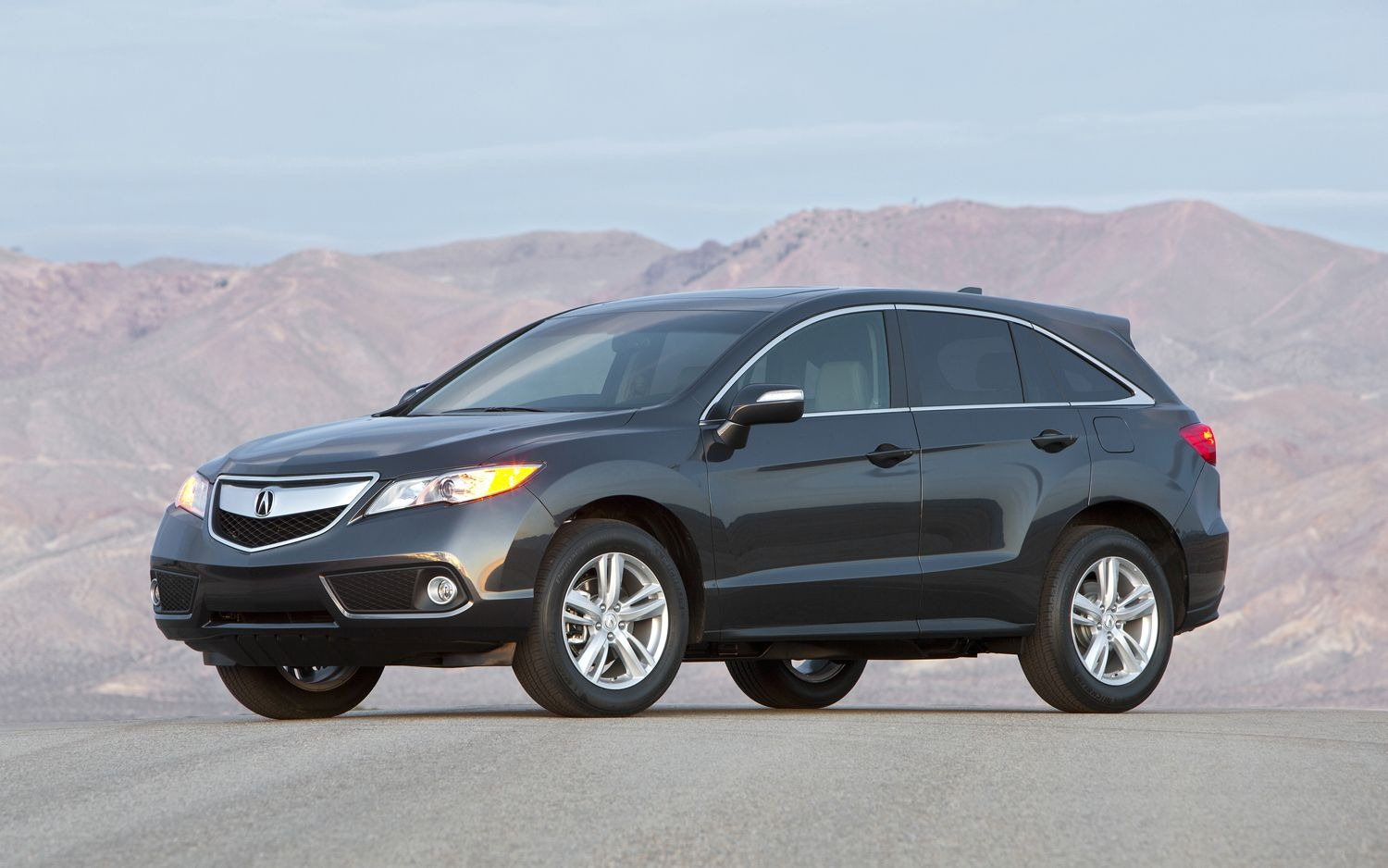 2013 Acura RDX Crossover Official photos of 2013 Acura ILX Sedan and RDX Crossover released