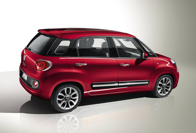 2013 Fiat 500L 2 2013 Fiat 500L to be introduced in Europe