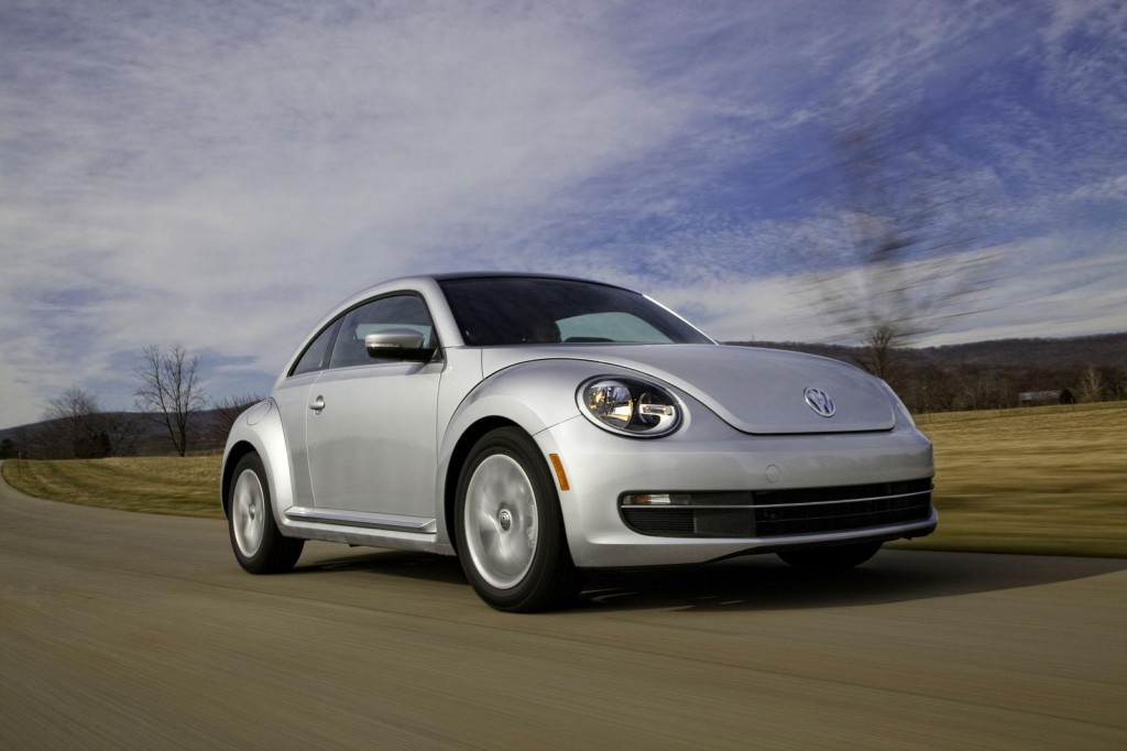 2013 Volkswagen Bettle 5 1024x682 2013 Volkswagen Beetle TDI exciting features and photos