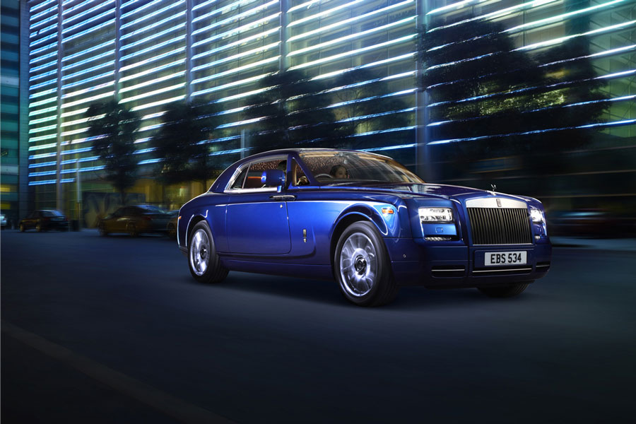 2012 Rolls Royce Phantom Coupe Series II 2 Features of the 2012 Rolls Royce Phantom Coupe Series II
