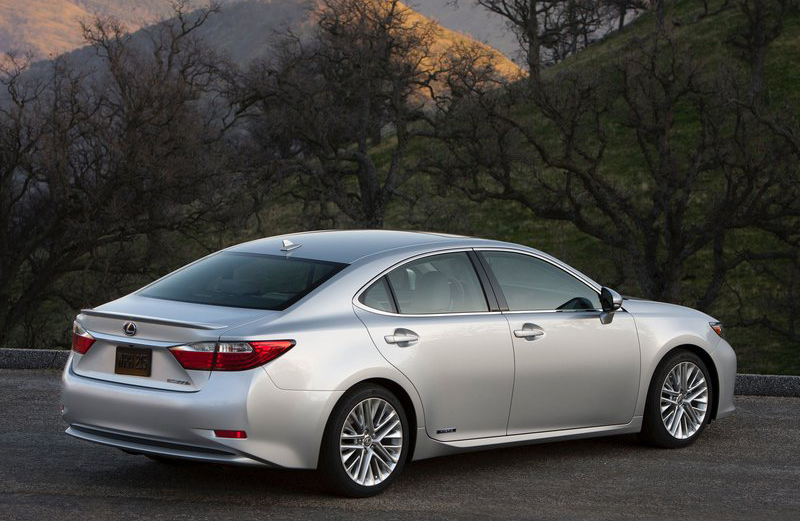 Lexus ES 300h 2013 2013 Lexus ES 300h Sedan   Better Outlook with Eco friendly Features