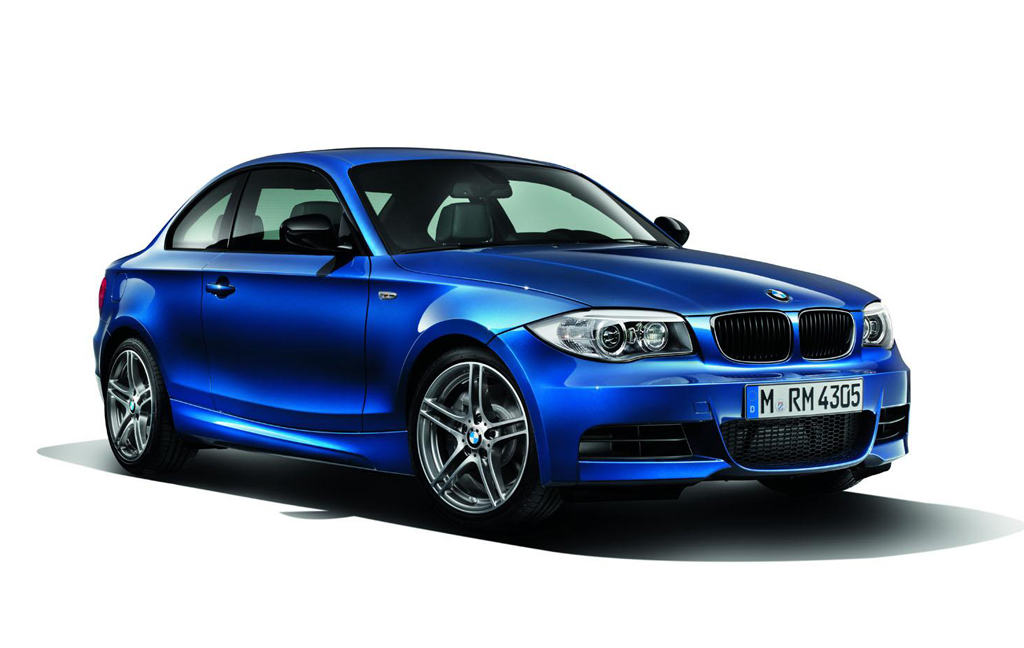 2013 BMW 135is coupe convertible 2 2013 BMW 135is coupe & convertible   More Dashing and Attractive in Design