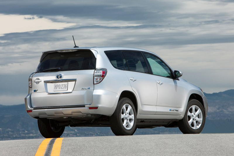 2013 Toyota RAV4 EV 1 2013 Toyota RAV4 EV to Be Available in Three Superb Exterior Color Shades