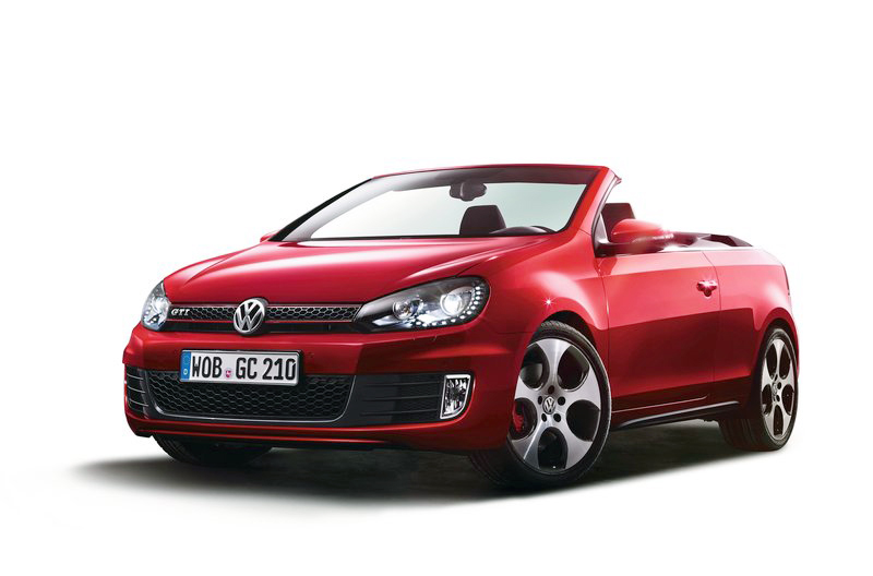 2013 Volkswagen Golf GTI Cabriolet 4 2013 Volkswagen Golf GTI Cabriolet   Known for Structural Elegance and Curb Appeal