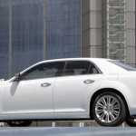 2013 Chrysler 300C (3)