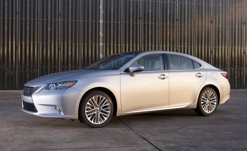 2013 Lexus ES350 1 2013 Lexus ES350 and ES300h Models   More Fuel Economic, Dynamic and Efficient