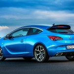 2013-Opel-Astra_OPC (2)