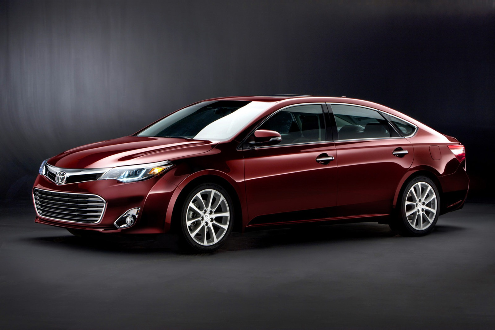 2013 Toyota Avalon Sedan Specs of 2013 Toyota Avalon Sedan revealed