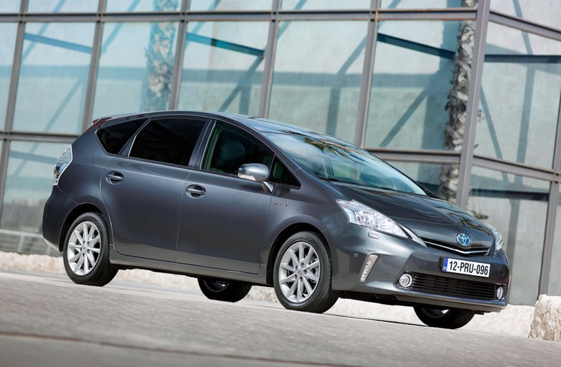 2013 toyota prius plus revealed. Black Bedroom Furniture Sets. Home Design Ideas