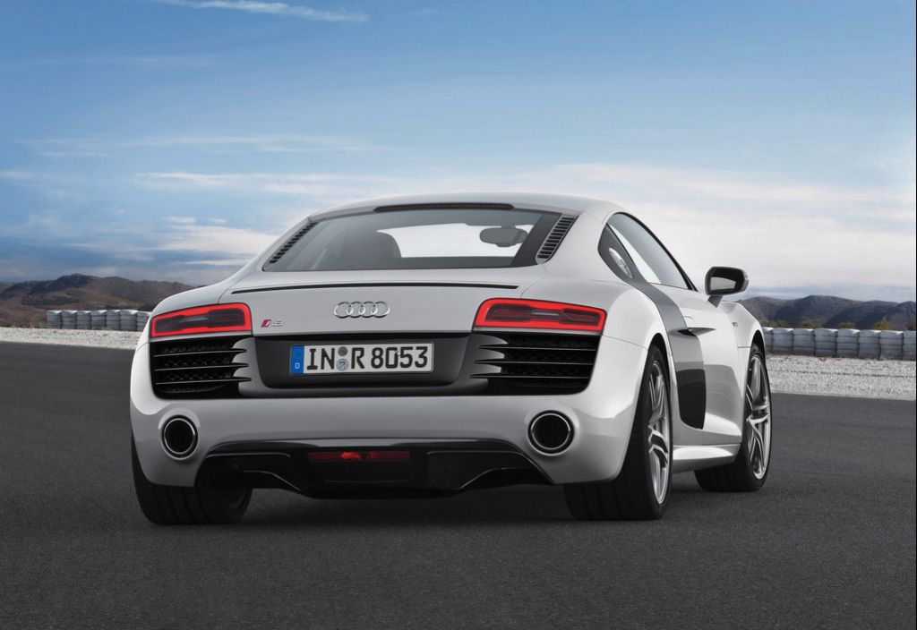 2013 Audi R8 V10 4 2013 Audi R8 V10 to hit market by year end
