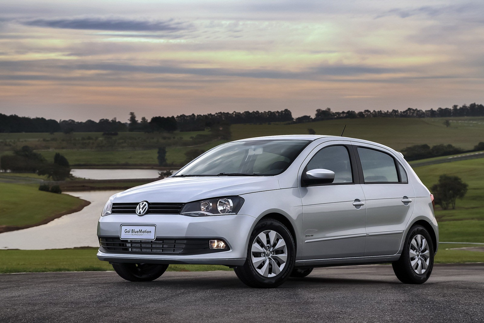 2013 Volkswagen Gol Hatchback 1 2013 Volkswagen Gol and Voyage to Be Modified for Better Performance