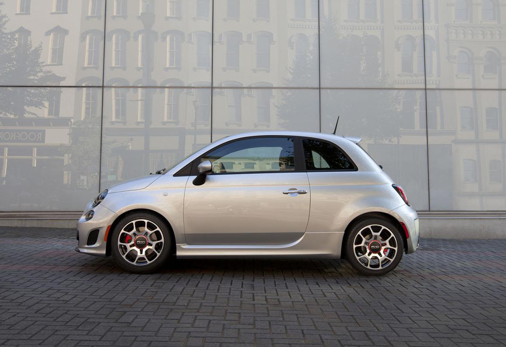 2013 Fiat 500 Turbo 1 The Aggressive 2013 Fiat 500 Turbo