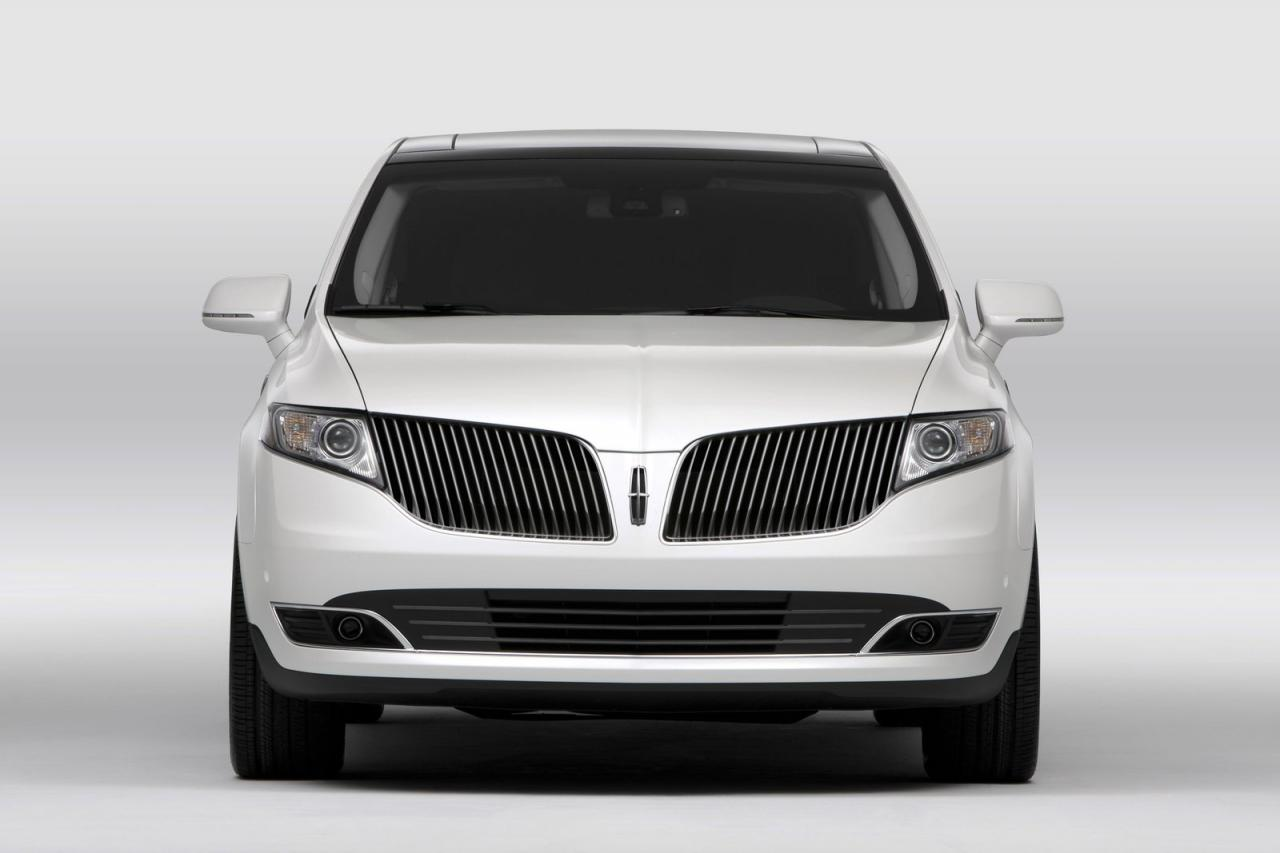 2013 Lincoln MKT 17 Lincoln Offering a 2.0 liter EcoBoost Engine for 2013 MKT Town Car