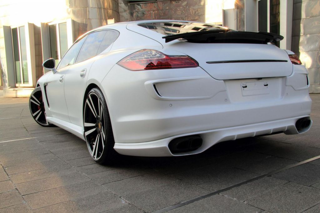 2013 porsche panamera white storm edition meant for stylists. Black Bedroom Furniture Sets. Home Design Ideas