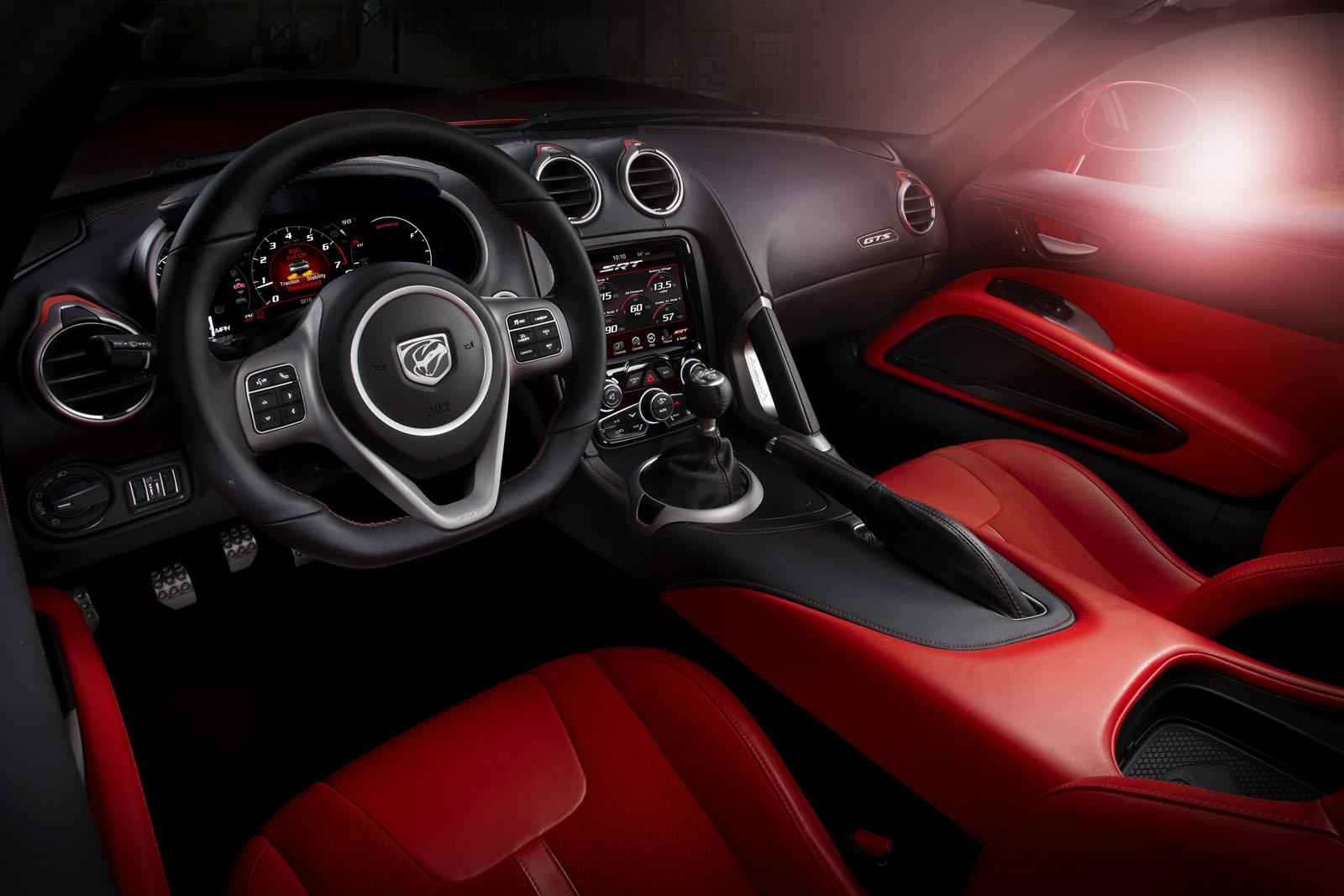 2013 SRT Viper GTS Launch Edition 8 2013 SRT Viper GTS Launch Edition   a better version than its previous models