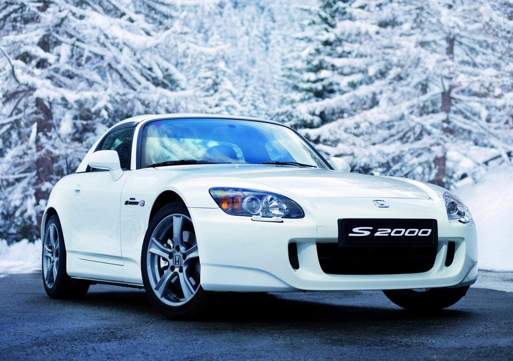 2013 honda s2000 Honda S2000 Ultimate Edition   Determined to Overtake Toyota by Releasing More Energy efficient Cars