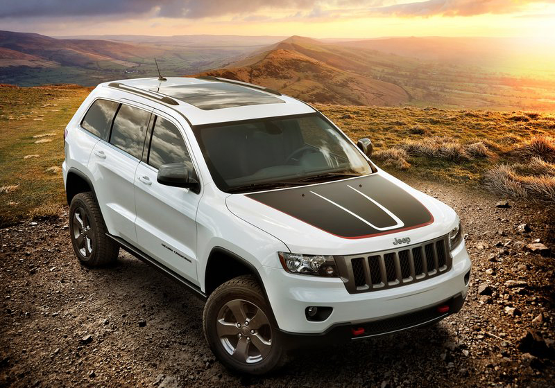 2013 Jeep Grand Cherokee Trailhawk 1 2013 Jeep Grand Cherokee Trailhawk   is sturdy and robust