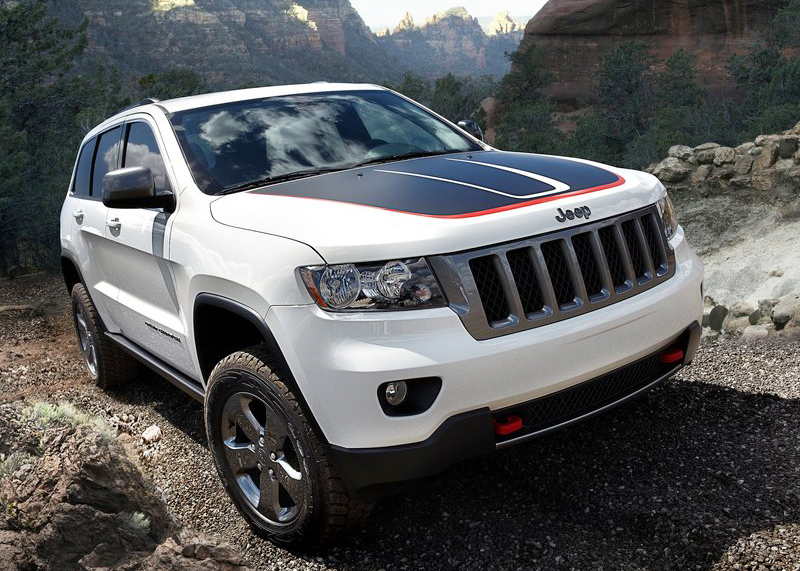 2013 jeep grand cherokee trailhawk is sturdy and robust. Cars Review. Best American Auto & Cars Review