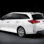 2013 Toyota Auris Touring Sports (2)