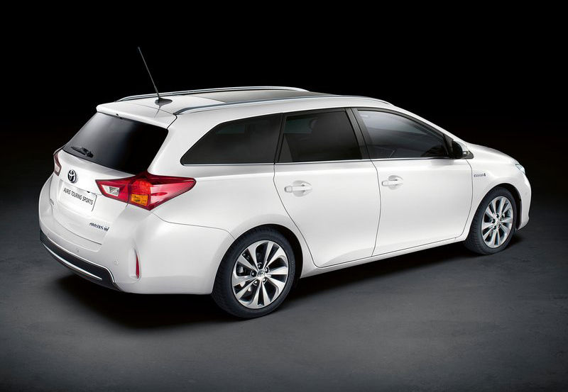2013 Toyota Auris Touring Sports 3 The all new 2013 Toyota Auris Touring Sports launched at the Paris Motor Show