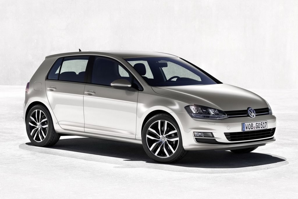 2013 Volkswagen Golf Mk7 The best in the Golf Series is the 2013 Volkswagen Golf Mk7