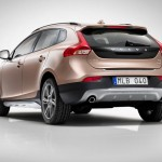 2013 Volvo V40 Cross Country (2)