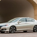 2014-Honda-Accord_PHEV (2)