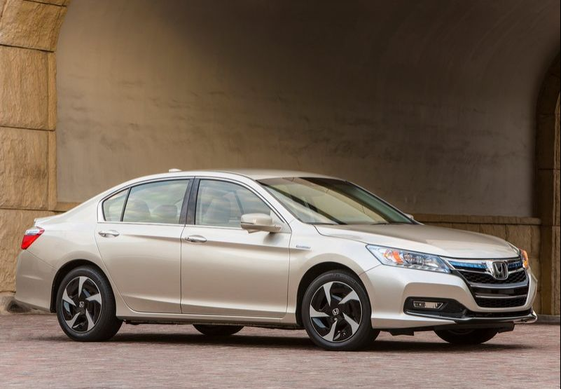 2014 Honda Accord PHEV 2014 Honda Accord PHEV   is the best among all fuel saving Sedan
