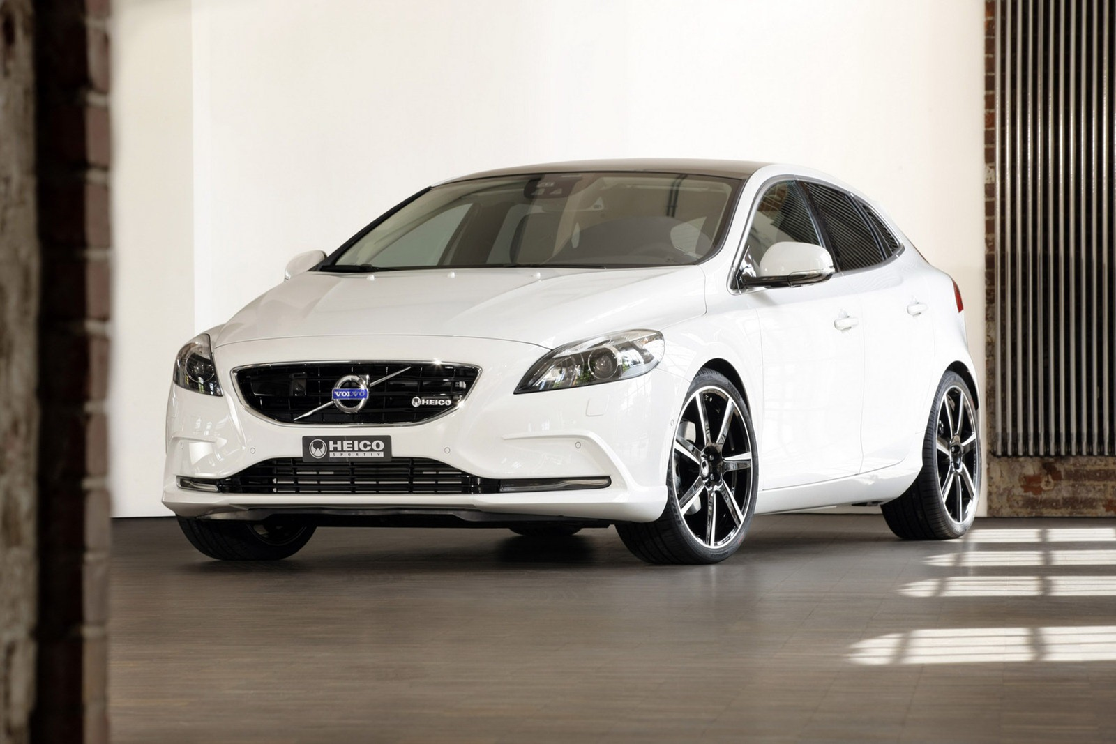Volvo V40 Machinespider Com