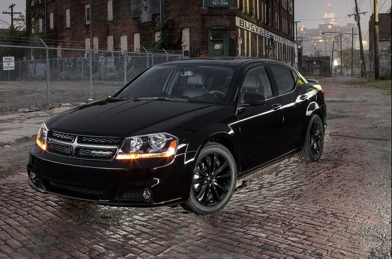 2013 Dodge Avenger Blacktop Version Revealed