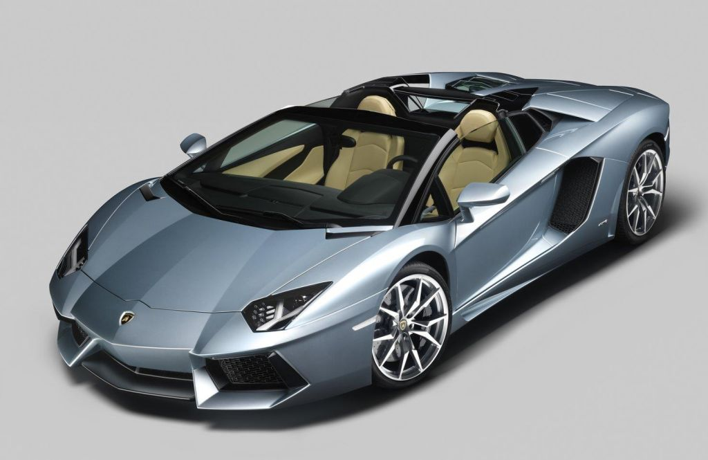 2013 Lamborghini Aventador Roadster Lamborghini Aventador Roadster 2013 is out for 441, 600 USD