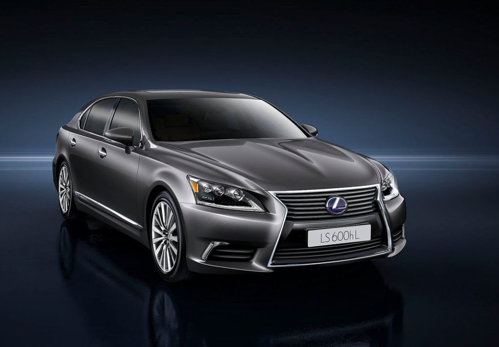 2013 Lexus LS EU Version The all new Lexus LS EU version (2013)