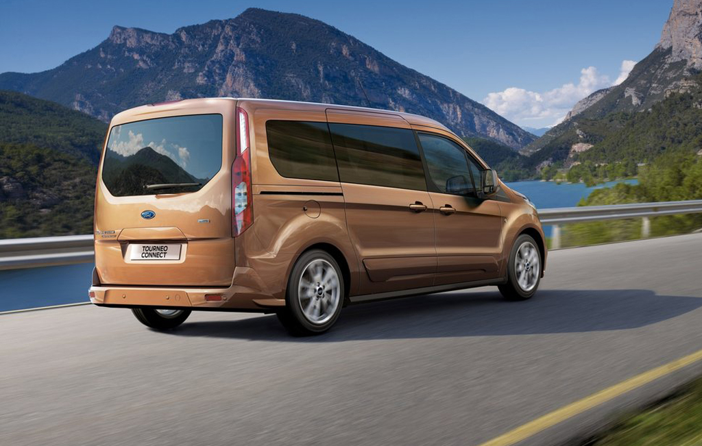 2014 ford transit connect wagon revealed. Black Bedroom Furniture Sets. Home Design Ideas
