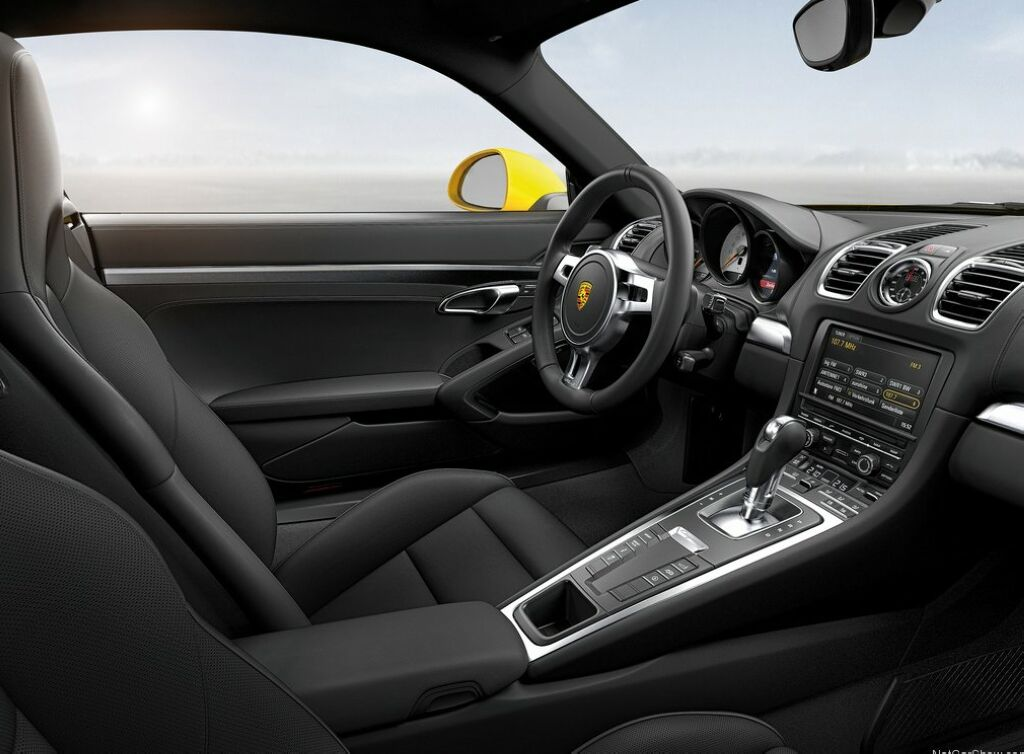 2014 Porsche Cayman interior photos  2014 Porsche Cayman car features and details