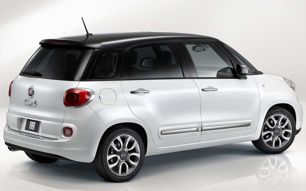 2014 fiat 500l us version the height of luxury. Black Bedroom Furniture Sets. Home Design Ideas