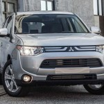 2014 Mitsubishi Outlander US-Version (1)