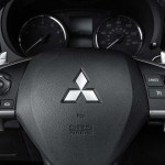 2014 Mitsubishi Outlander US-Version (9)