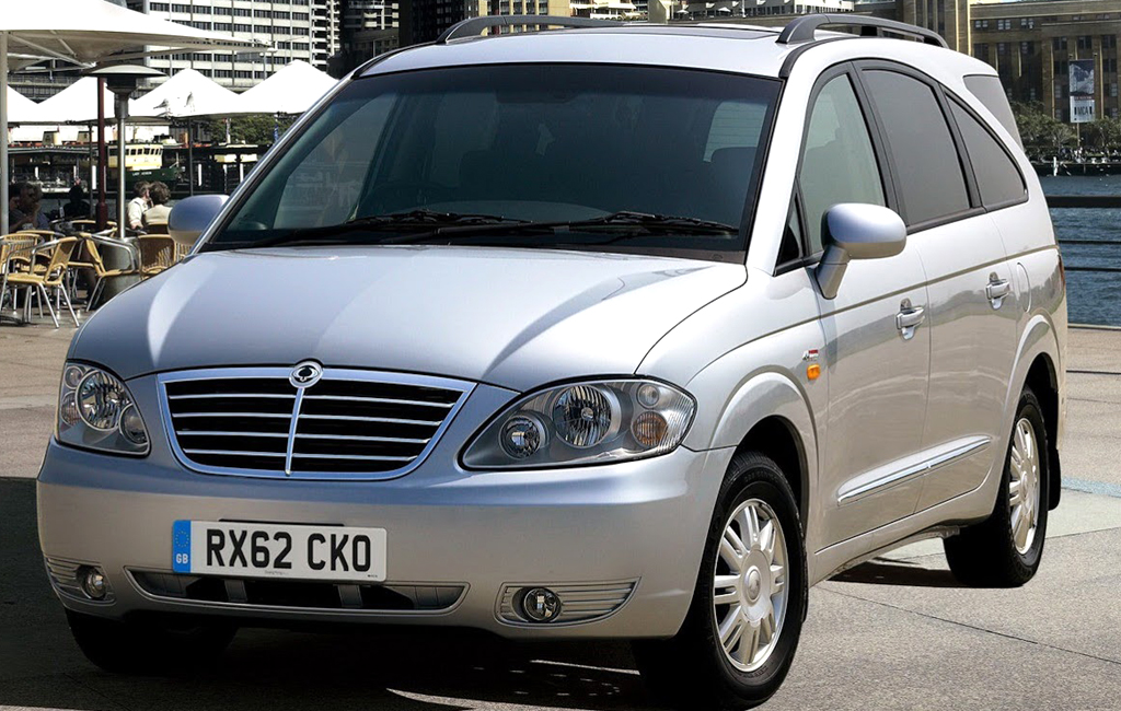 2013 SsangYong Rodius 1 New diesel engine for 2013 SsangYong Rodius model