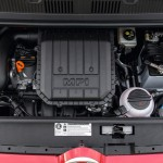 2014 Volkswagen Cross Up (2)
