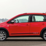 2014 Volkswagen Cross Up (9)
