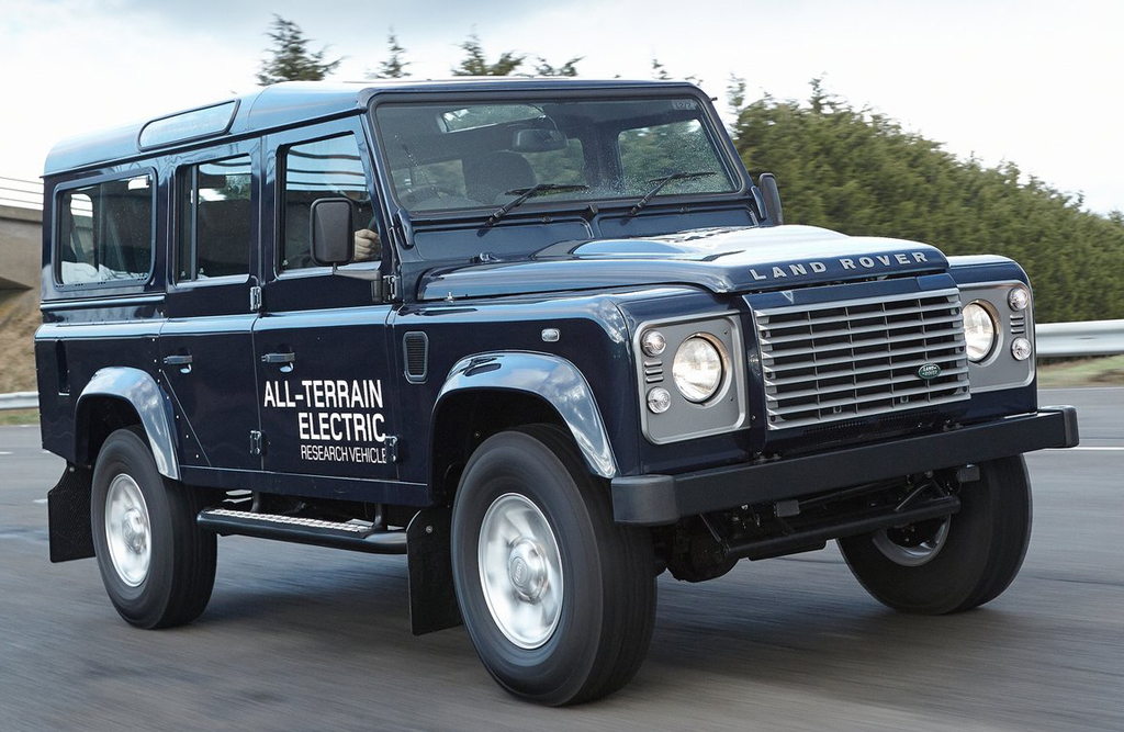2013 Land Rover Defender Electric Concept 4 2013 Land Rover Defender Electric Concept