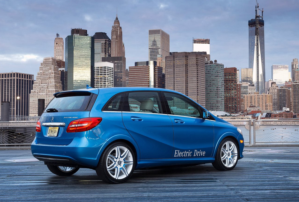 2015 Mercedes Benz B Class Electric Drive 9 Mercedes Benz enters the 2015 B Class Electric Drive market