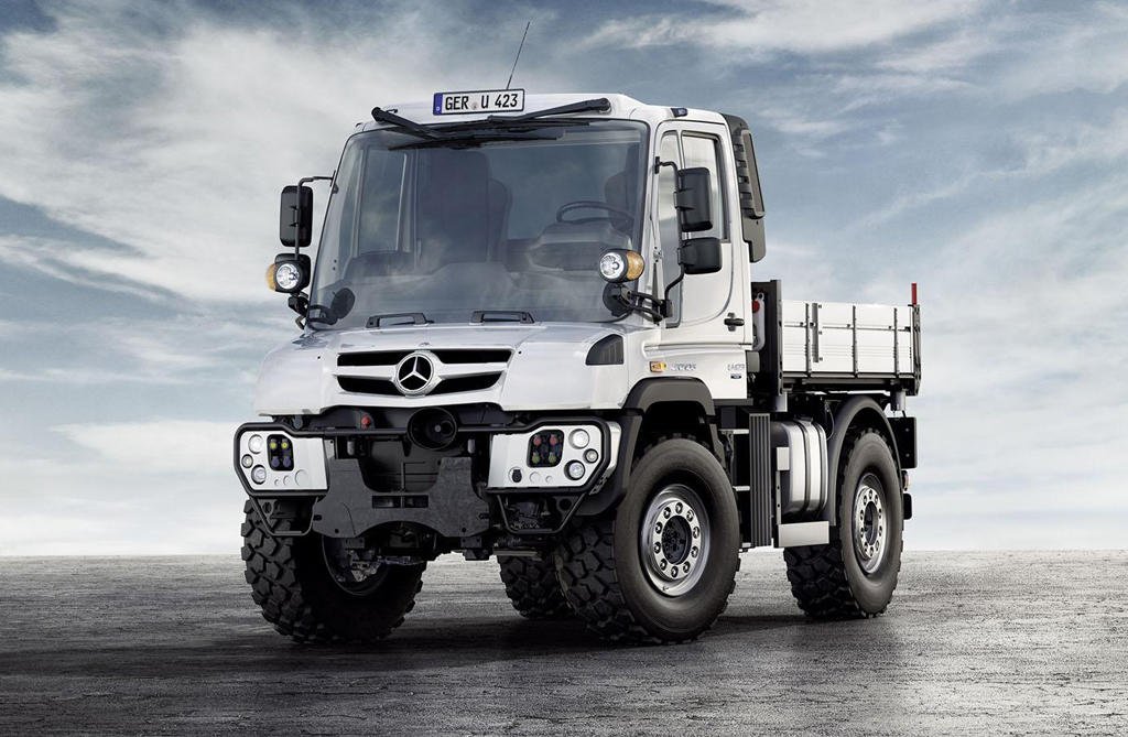 2014 mercedes unimog and econic car specs revealed for Mercedes benz truck 2013