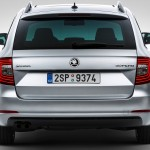 Skoda Superb Combi  2014 photos (2)